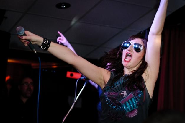 The Ramonas @ Ruislip Social Club 026