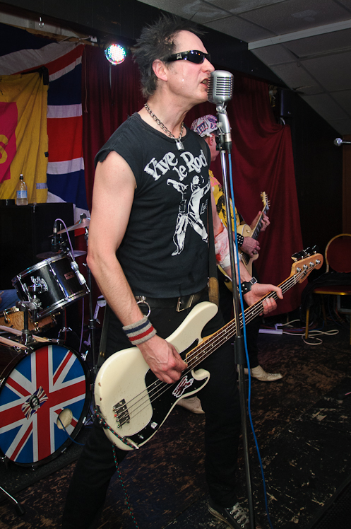 The Pistols @ Ruislip Social Club 033