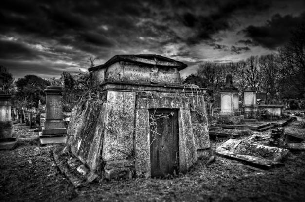 Mausoleum @ Kensal Green Cemetery