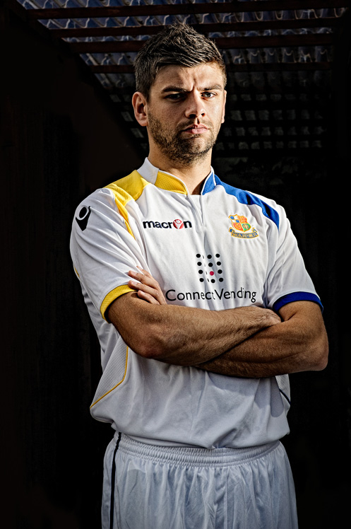 wealdstone_third_kit_2012_13_230612_009-Edit