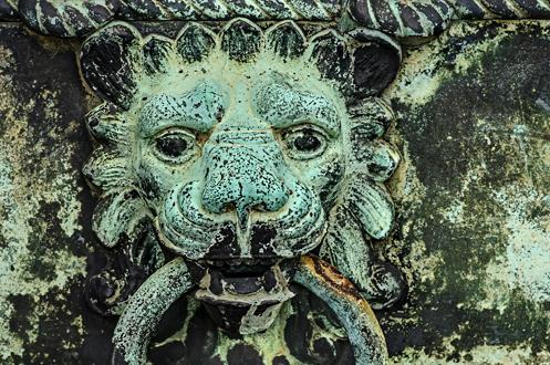 mausoleum_detail_001