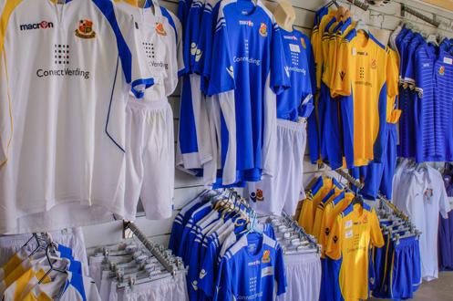 Wealdstone FC Megastore 005